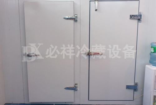 上海小型冷库门